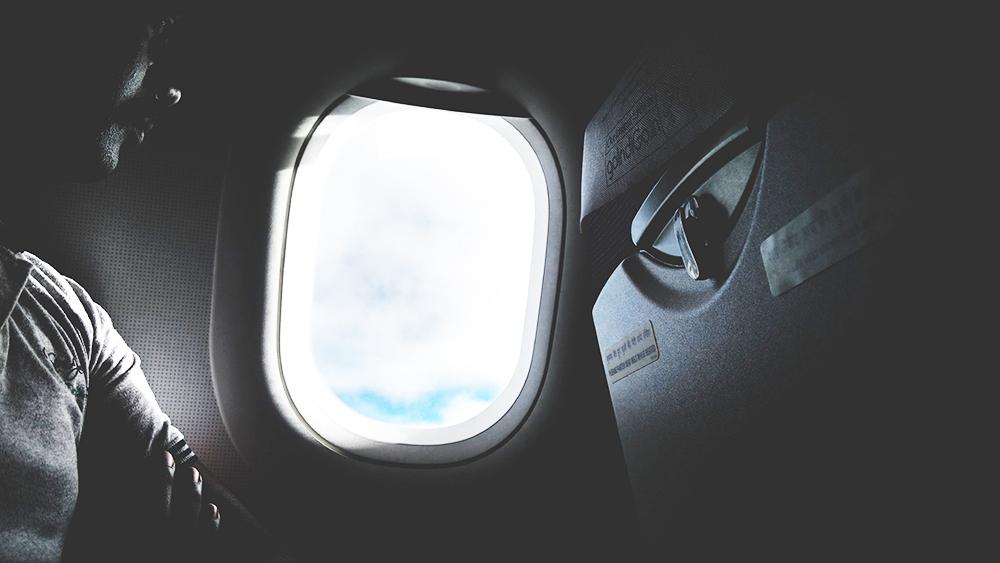 aeroplane-aircraft-airplane-635052.jpg