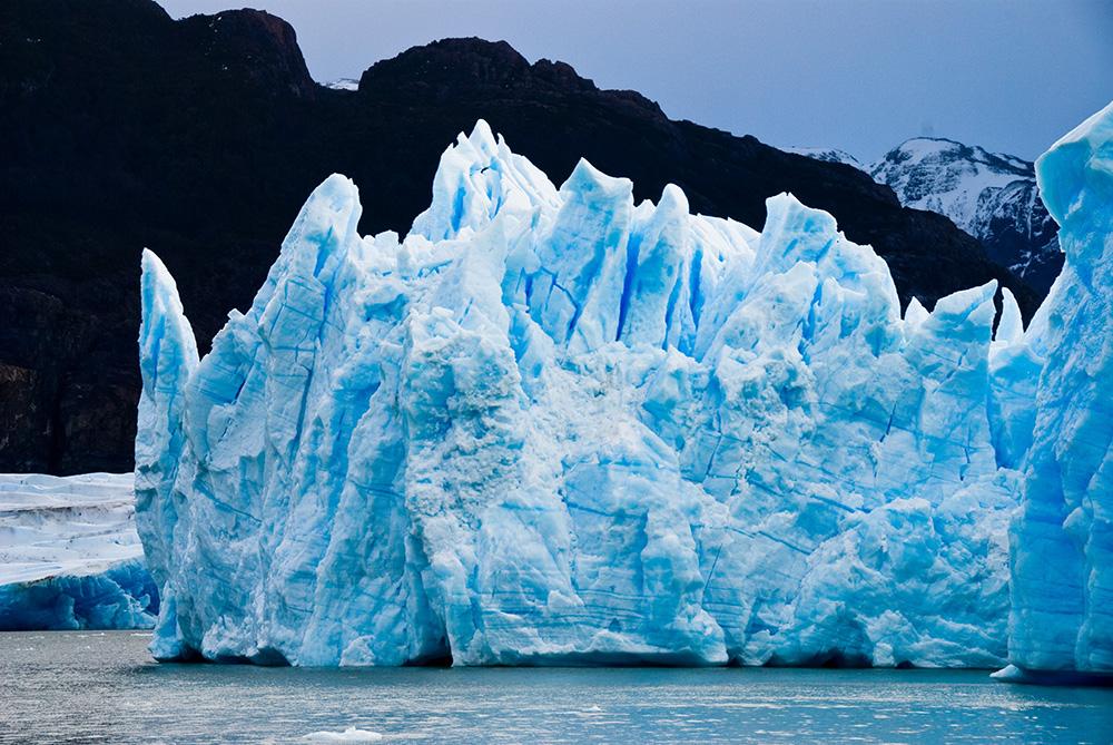 antarctic-cold-glacier-220030.jpg