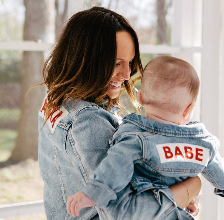 Mama Denim Jacket / Ingrid & Isabel Maternity • @something_sav
