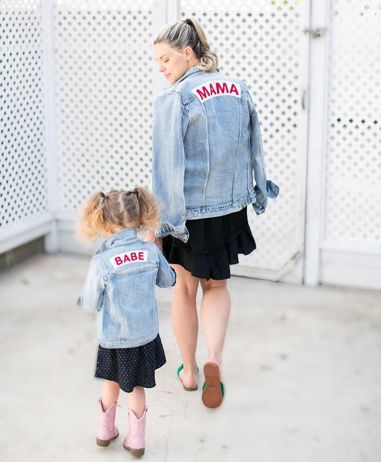 Mama Denim Jacket / Ingrid & Isabel Maternity • @thechicmamas