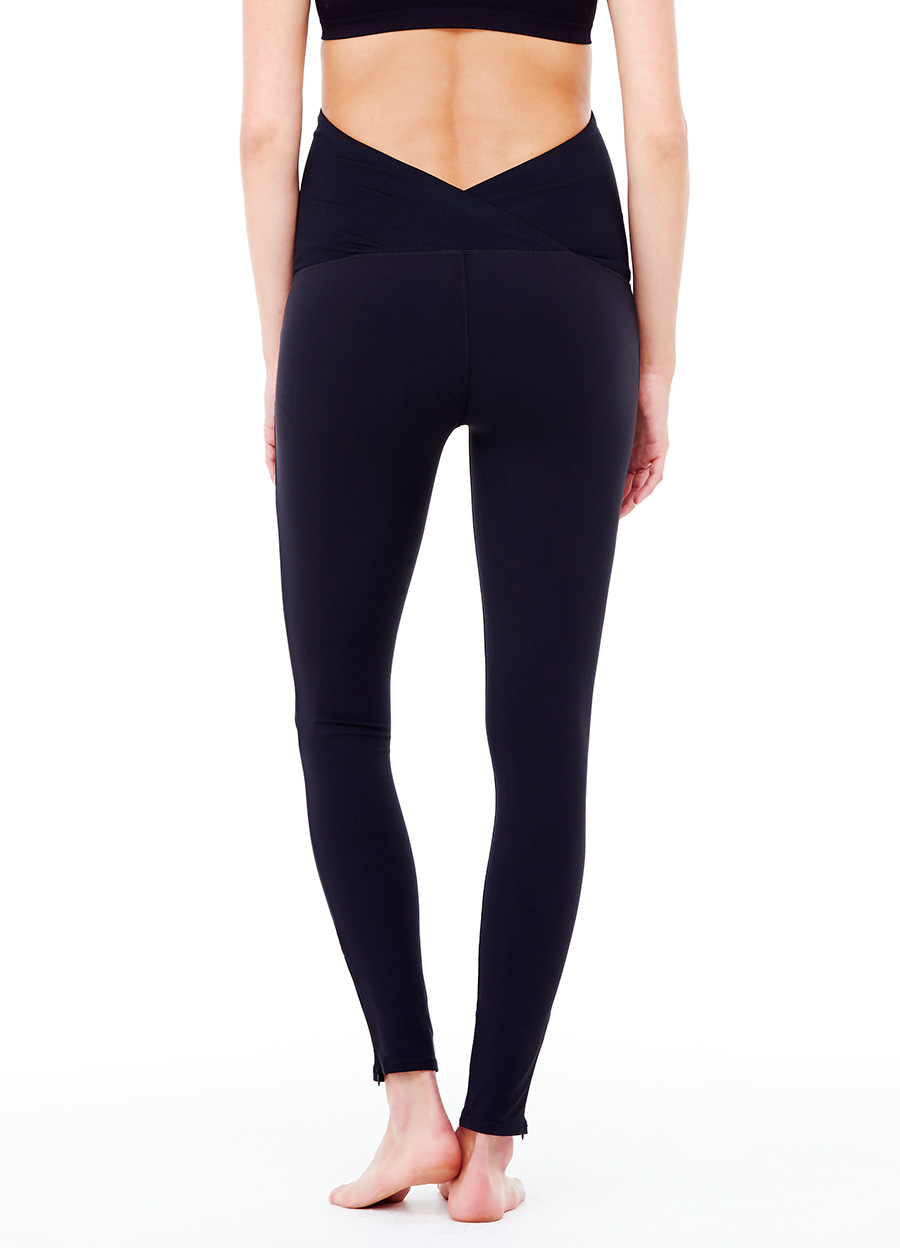 ACTIVE LEGGING ft. CROSSOVER PANEL — Ingrid & Isabel