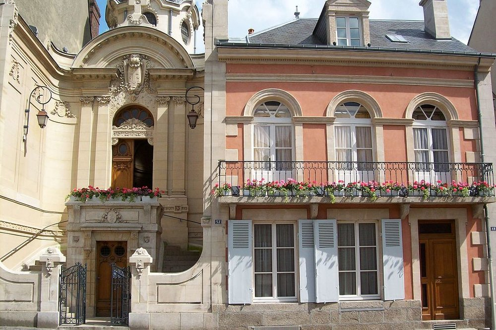 The house where St. Therese was born, by Pierre-Yves Emile [CC BY-SA 3.0 (https://creativecommons.org/licenses/by-sa/3.0)], from Wikimedia Commons