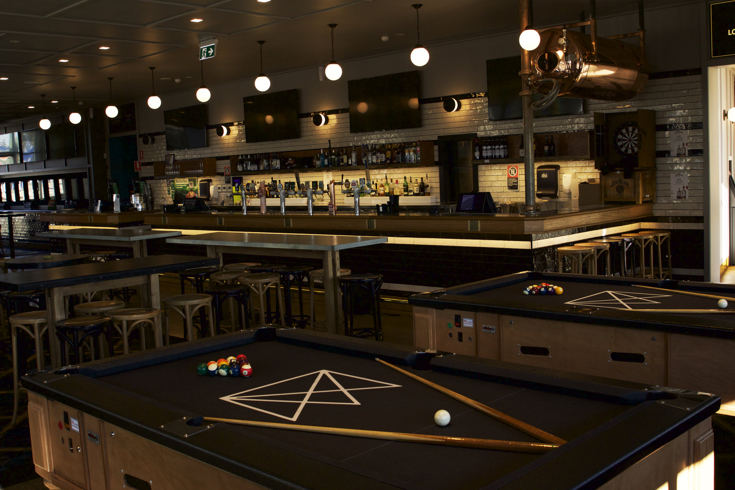 ACTIVEPOOLTABLES - Olio pool table