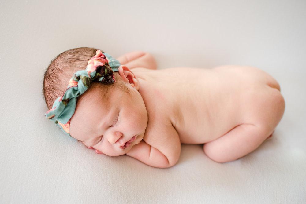 Zaya C newborn -11.jpg
