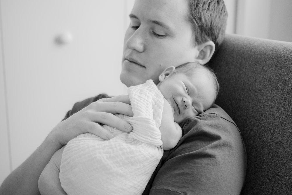 Zaya C newborn -32.jpg