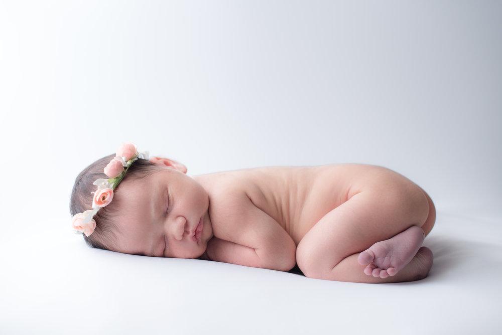 Contreras Newborn-11.jpg