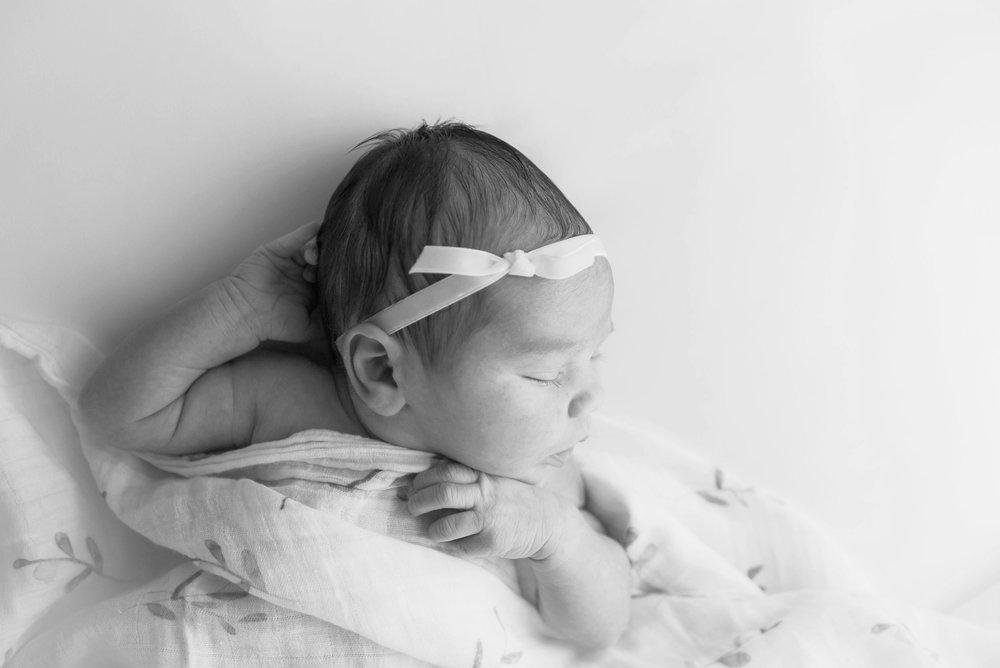 Contreras Newborn-3.jpg