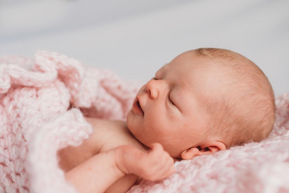 Austin natural newborn photography-14.jpg