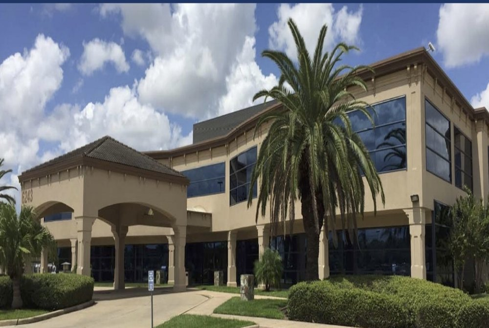 Fairmont Parkway Professional Building - Property Type: OfficeYear Built: 1995Property Size: ~35,467 net rentable square feetAvailable Suite(s): ~1,311 NRSF to ~18,615 NRSFLocation: Pasadena, TX