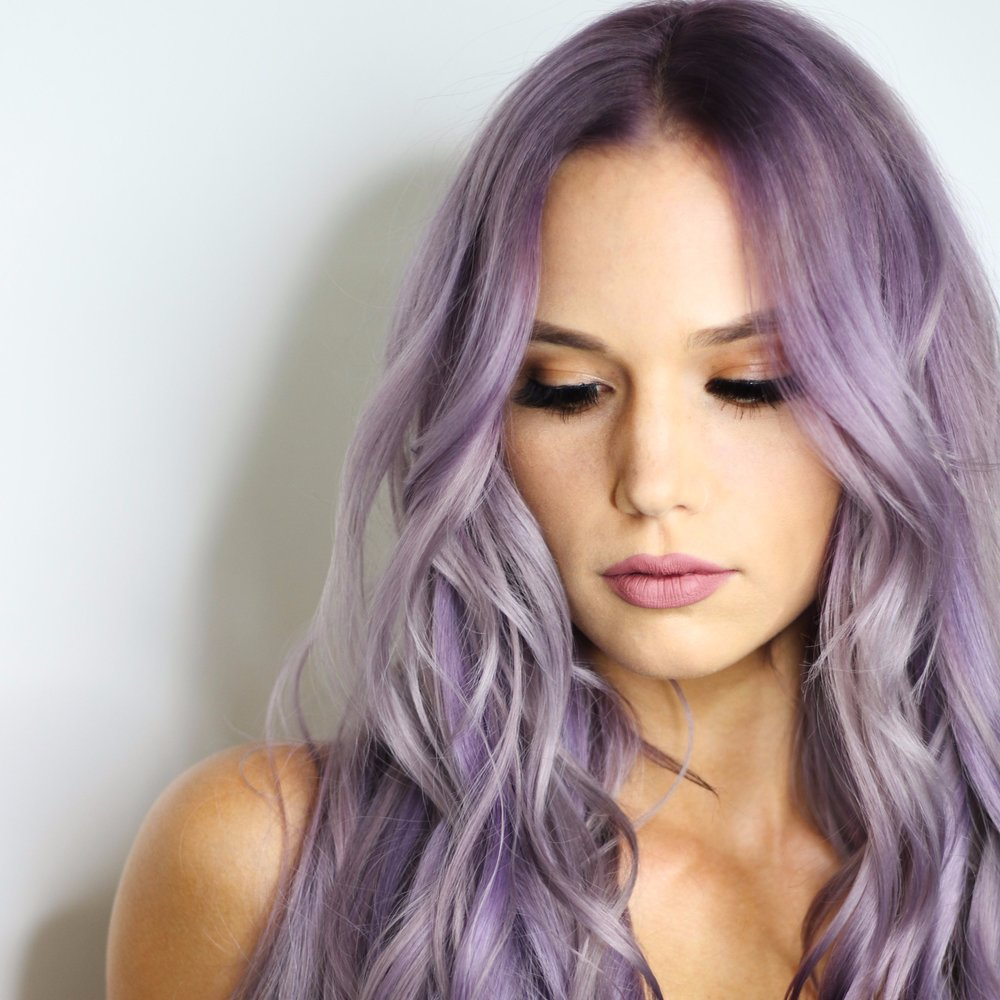 Lilac Locks - For 2019, beauty industry experts are predicting that Lilac hues will be all the rage. This shade of purple is dramatic, yet soft and pastel. It is not as over the top as the neon colors sported on the runway last year, but still definitely makes a statement.