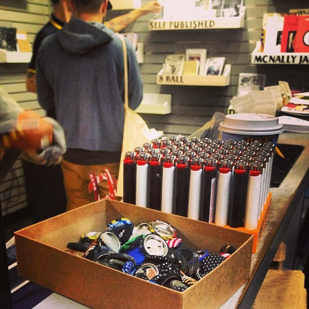 For a limited time only… handmade pins by yours truly at The Newsstand at the Lorimer-Metropolitan L/G #thenewsstand