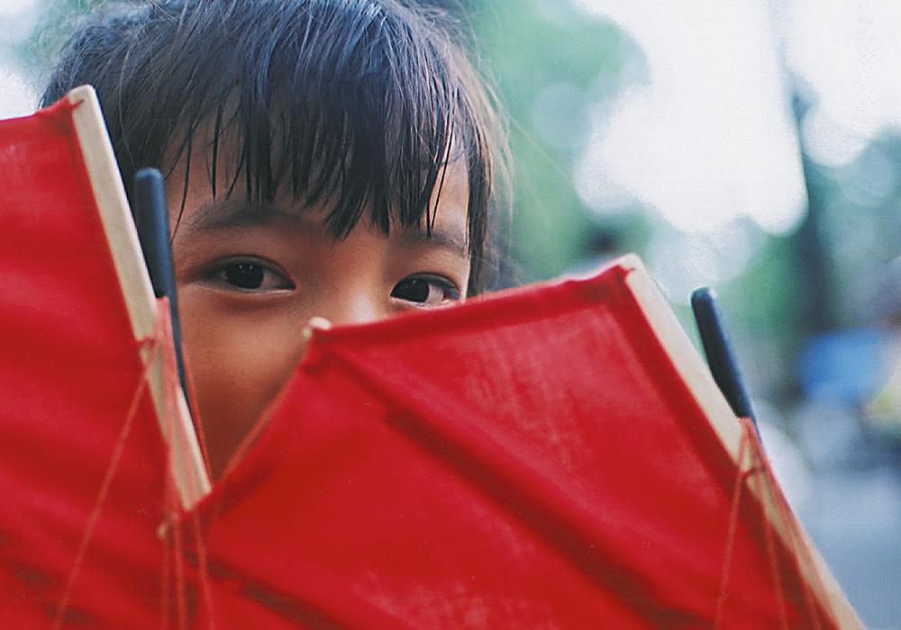 Wie steunen we? - We steunen projecten die kansen creëren voor kinderen en hun families, via educatie en ontwikkelingsprogramma's. Zo kunnen kansarme kinderen uit Azië hun potentieel toch ontplooien. De projecten die we ondersteunen, vertrekken steeds vanuit een holistische visie en werken nauw samen met de lokale gemeenschap.Naarmate ECHO groeit, selecteren we meer projecten die jouw en onze steun verdienen.