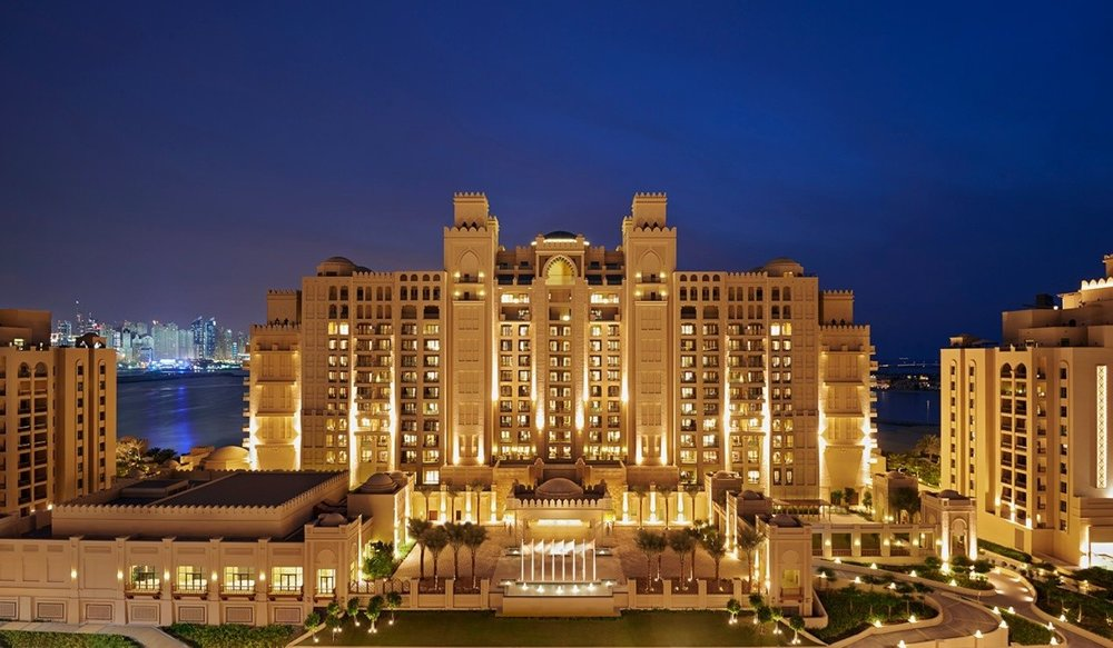 Luxury 5* Resort in a prime location with a perfect view of the beach and sea, this venue will give you that dramatic and unforgettable setting that puts you centre stage on the most important day of your life. - fairmont the palm, dubai