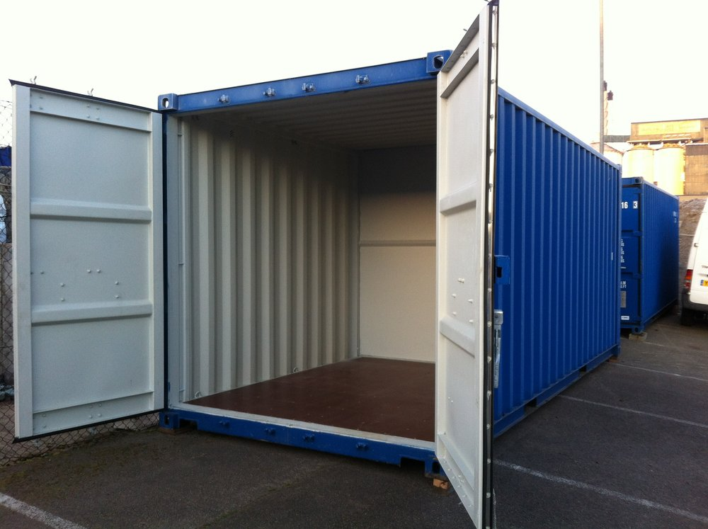 10' container.JPG