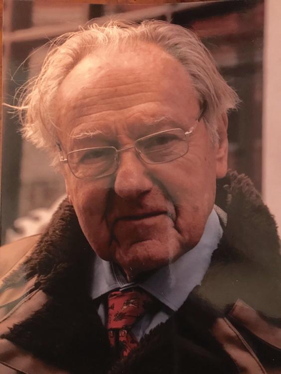 Dennis Ashton, 1925 - 2019