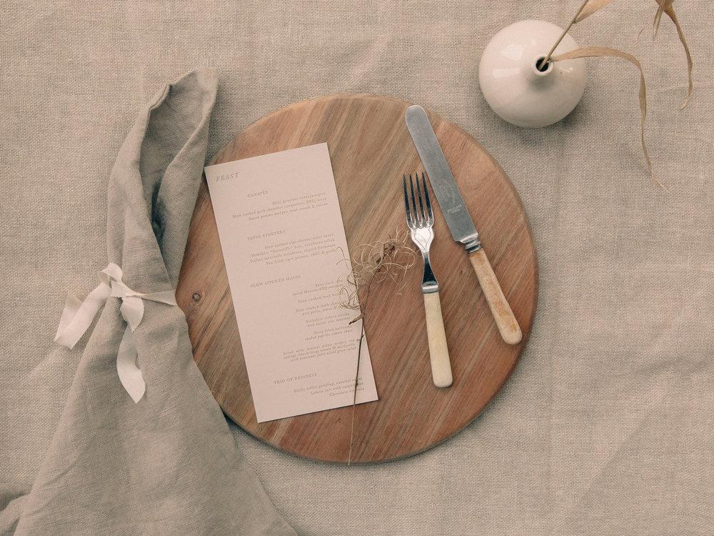 menu-letterpress-warm-natural-organic-linen