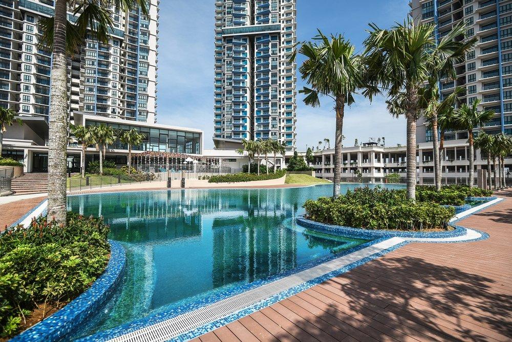 Sky Condominium_Swimming Pool 2.jpg
