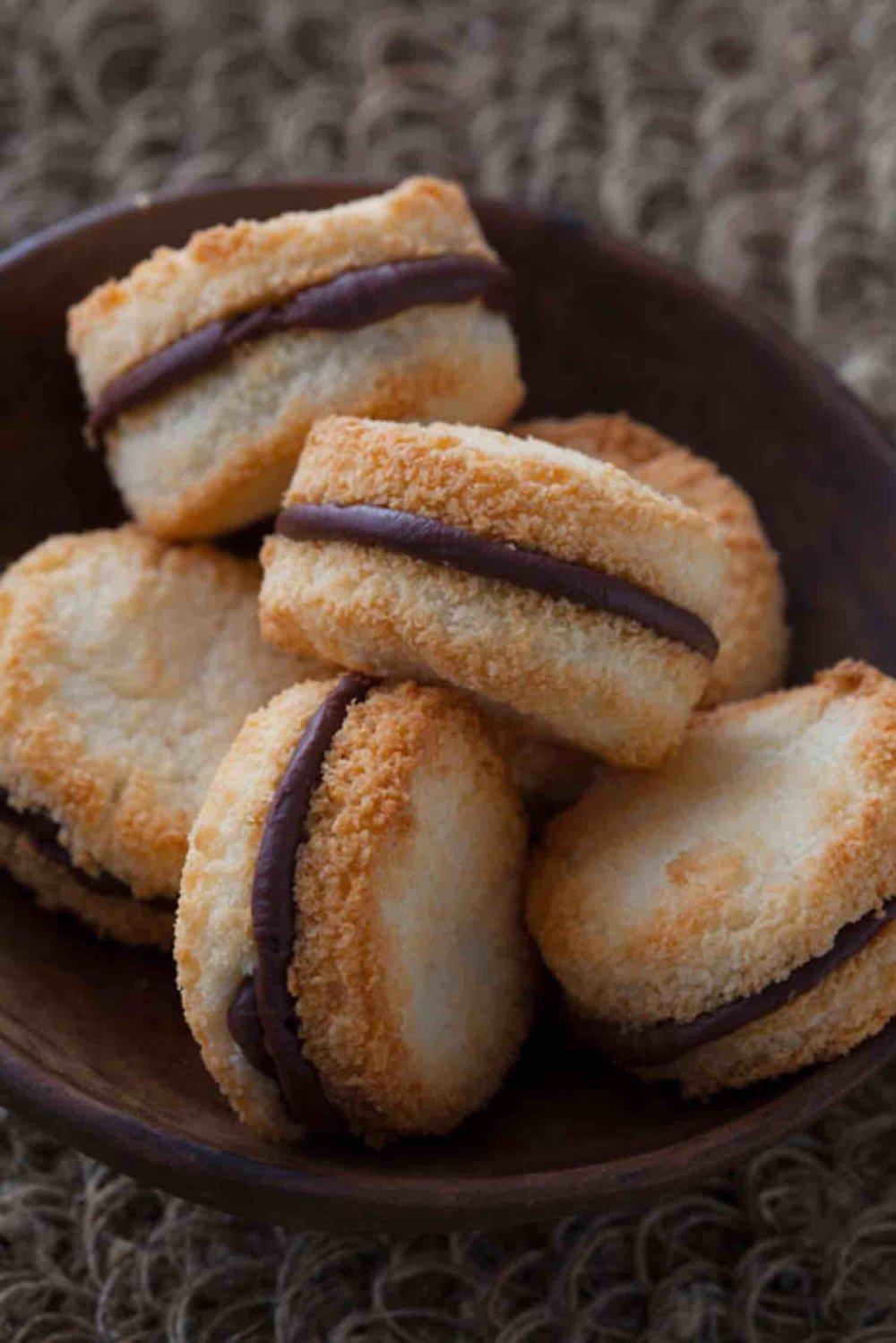 Chocolate-Macaroon-Sandwiches MAIN.jpg