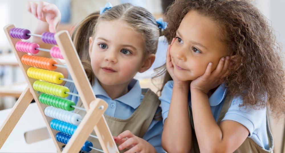 Girls-abacus.jpg
