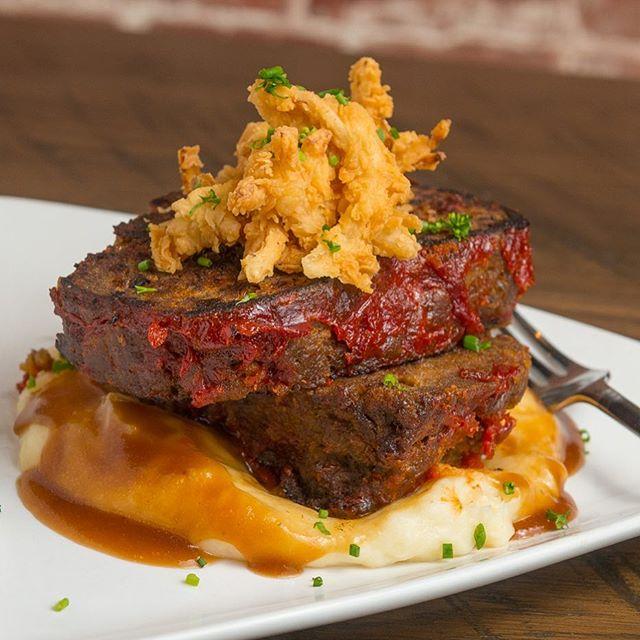 Where do eat tonight? Voted best Meatloaf by our customers. ———————————————————. #gastropub #merrittisland #melbournefl #melbourneflorida #viera #vierafl #rockledge #brevardcounty #brevard #florida #spacecoast #foodporn #thatcozyrestaurant #freshfood #localingredients #321flavor #foodgod