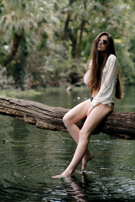 REDfour_model_Megan_Mackenzie - 1.jpg