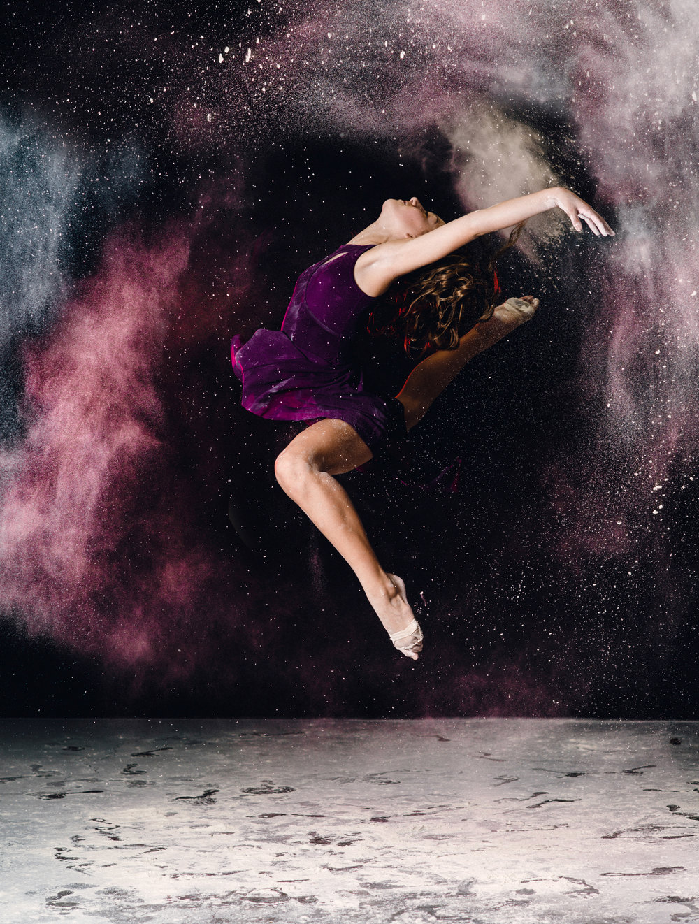 REDfour_portrait_Lilly_Dance - 1.jpg
