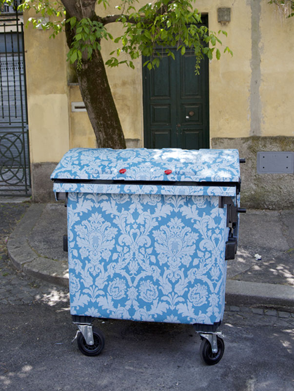 Wallpapered-Dumpster-Roma-c-finley-rome.jpg