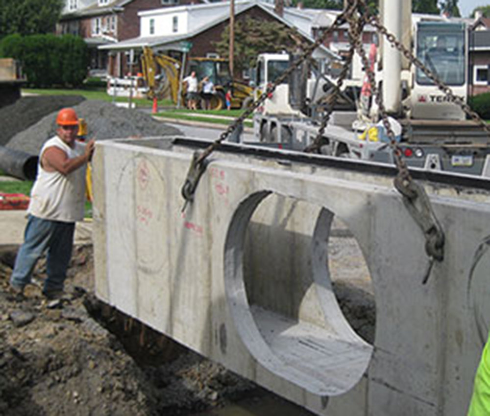 Municipal & Public Works - Municipal & Public WorksBridge culverts, pipe work, pump stations, roads – these are among the many projects we've safely and cost-effectively managed for municipalities, counties and state & federal governments.LEARN MORE
