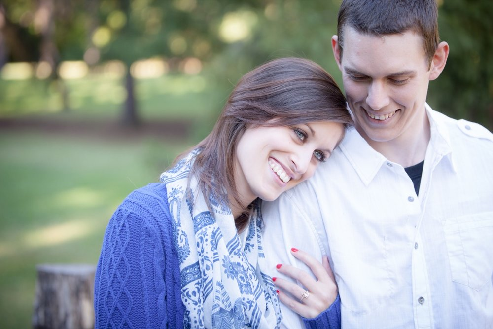Engagement-Photographers-In-Greensburg-PA-06.jpg