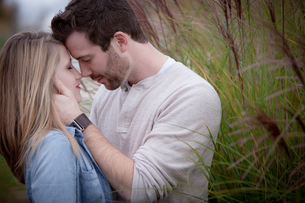 Engagement-Photographers-In-Greensburg-PA-12.jpg