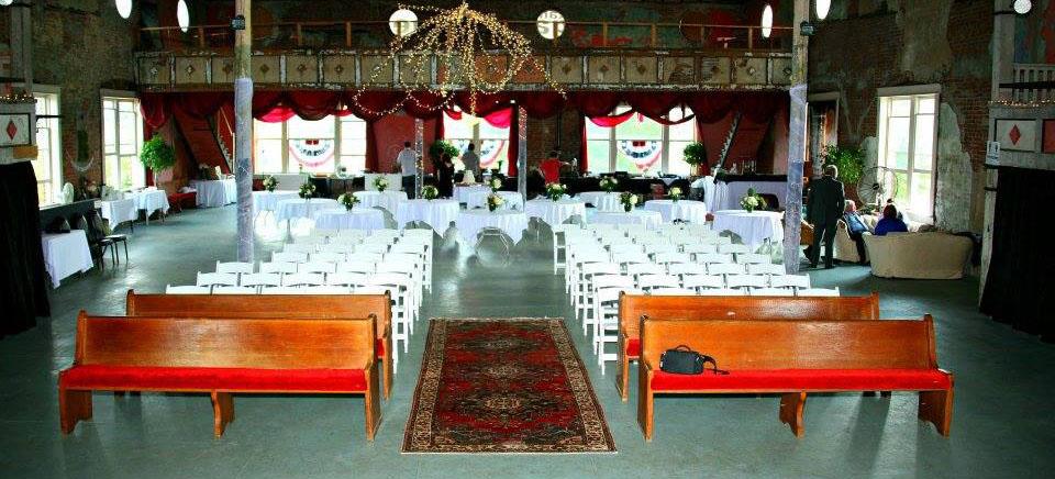 wedding-house-center-stage.jpg