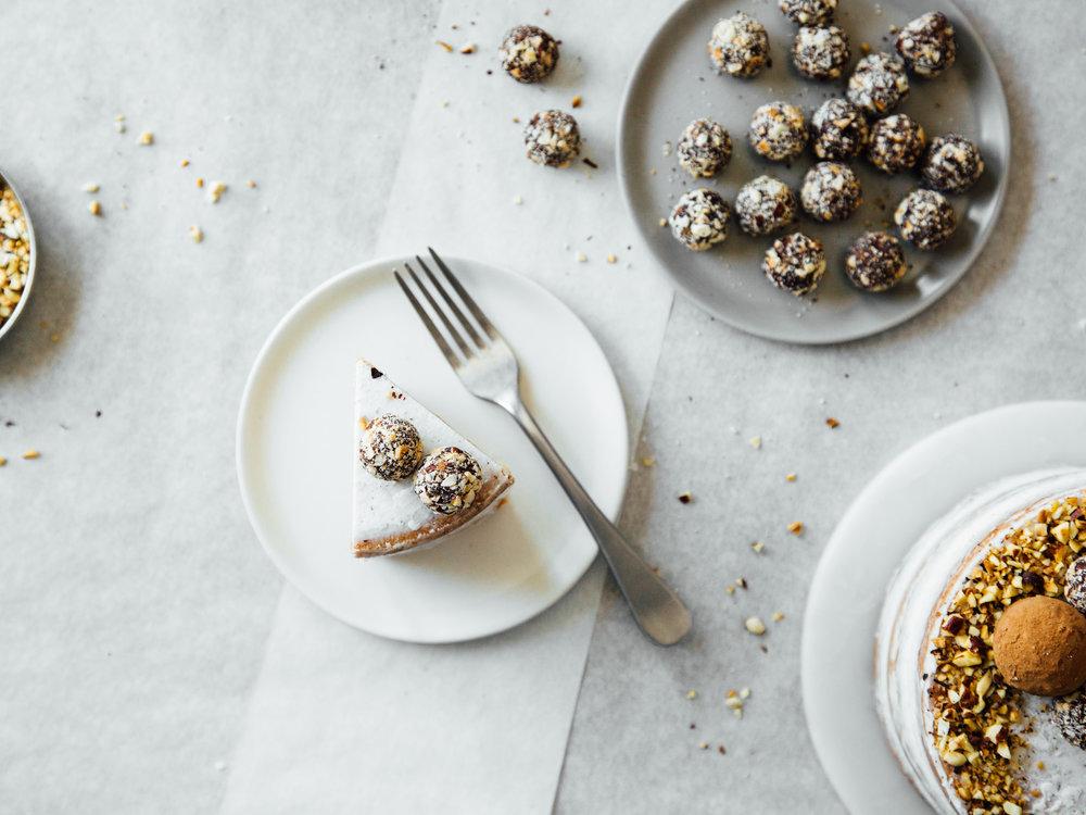 Hazelnut-crunch-cake