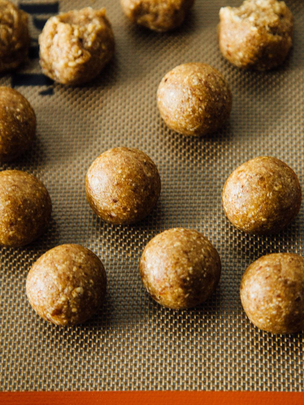 fauxnut-holes