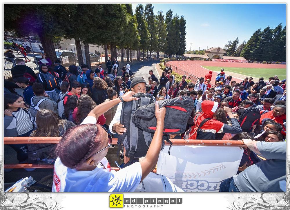 2018.09.06 - PitCCh In at Vallejo High School 17338.JPG