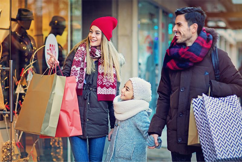 family-shopping-winter.jpg