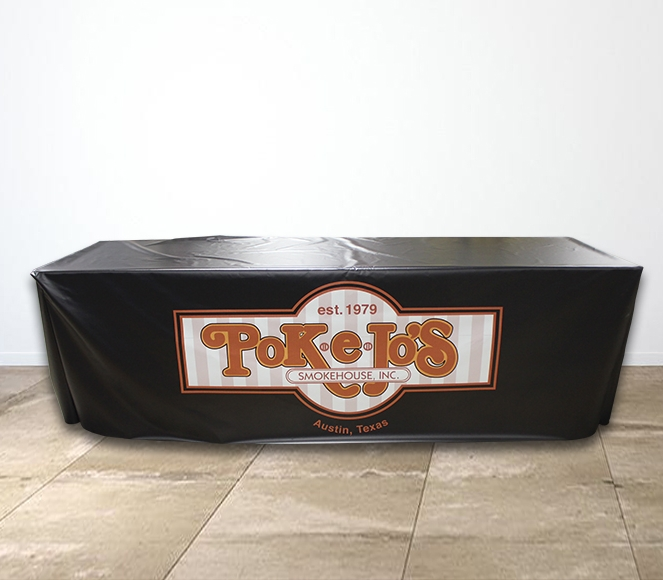 Poke E Jos Smokehouse Vinyl Table Cover Setting.jpg