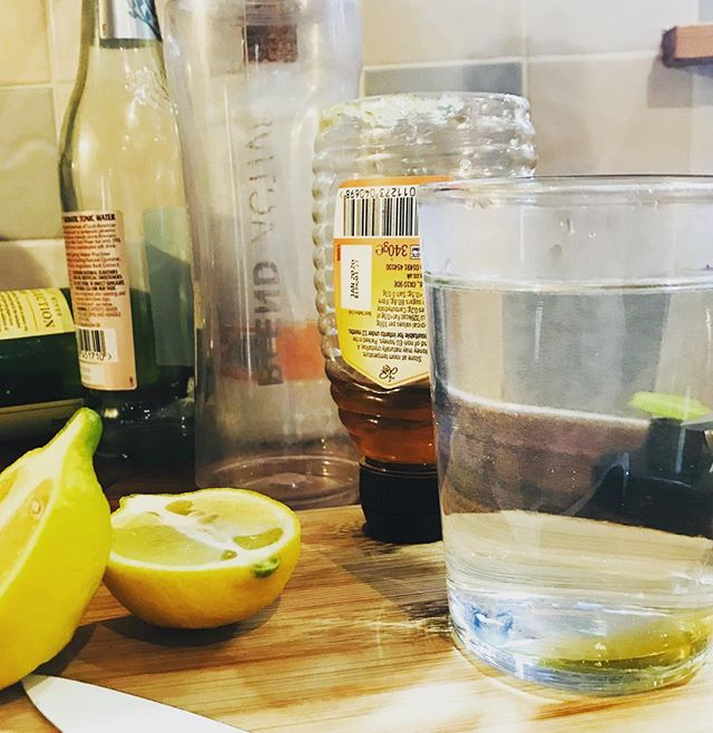 If you're anything like us at WHD you're looking at the week ahead, still slightly hazy from the indulgences of Christmas and the Hog 🤣 Why not kick start your week ahead with a detoxing Honey and Lemon drink, some warm water, half a teaspoon of honey 🍯 and half the juice of a lemon 🍋 Lemons are renowned for their revitalising qualities, full of vitamin A, B6 and E to name a few. Honey is antibacterial, full of antioxidants and a natural energy booster. The mixture can help detox, improve digestion, boost your immune system and give you that sorely needed kick start 🙌🏻 Win win in our book 🤪😂 #wildhighlanddrinksco #hogmanay #detox #honeyandlemon #happynewyear #highlands #backtowork