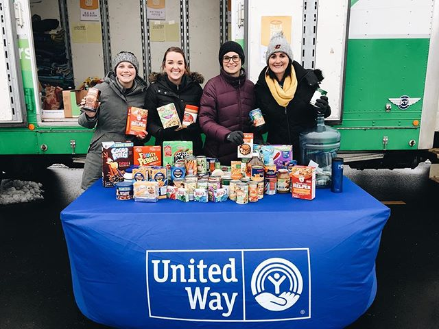 Team United Way and many hard working volunteers are here at Ric's Food Center Mount Pleasant for My 1043's Fill A Mayflower event! Come drop off non perishable food items or a cash donation to help stock the shelves of 5 local food pantries this holiday season. We are here until 6pm!