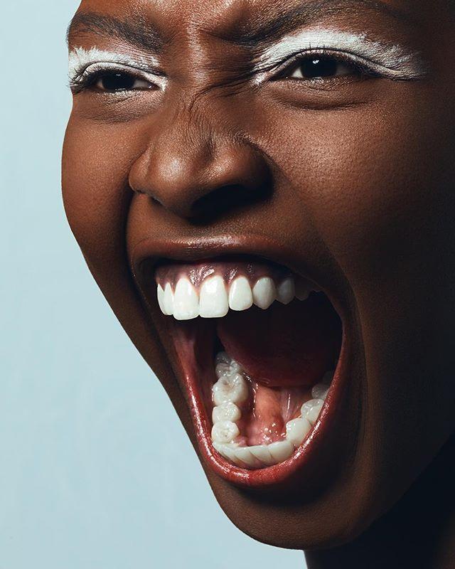 #tb to when I shot lovely @samiagisage @mikasstockholm for @krowdafrica @krowdmagazine . . . #beautyeditorial #portraitphotography #portrait_vision #beautyphotographer #beautyphotography #beautystory #melanin #portrait_ig #makeup #makeupartist