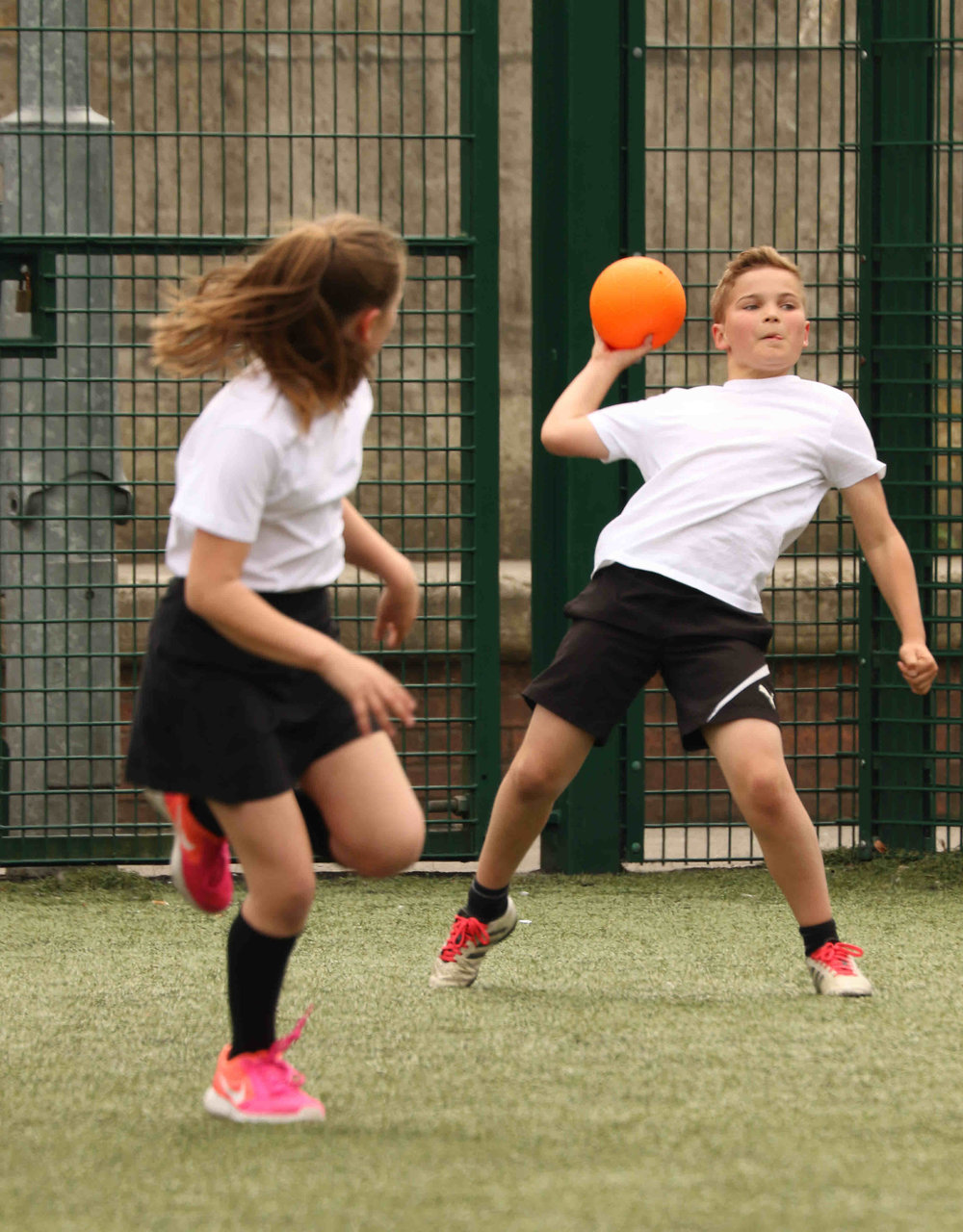 Year 5&6 Handball @ Ossett Academy   Pupils from Southdale, Gawthorpe, South Parade and Holy Trinity battled it out over a series of game out Ossett Academy  For more action photos from this event click on  Year 5&6 Handball