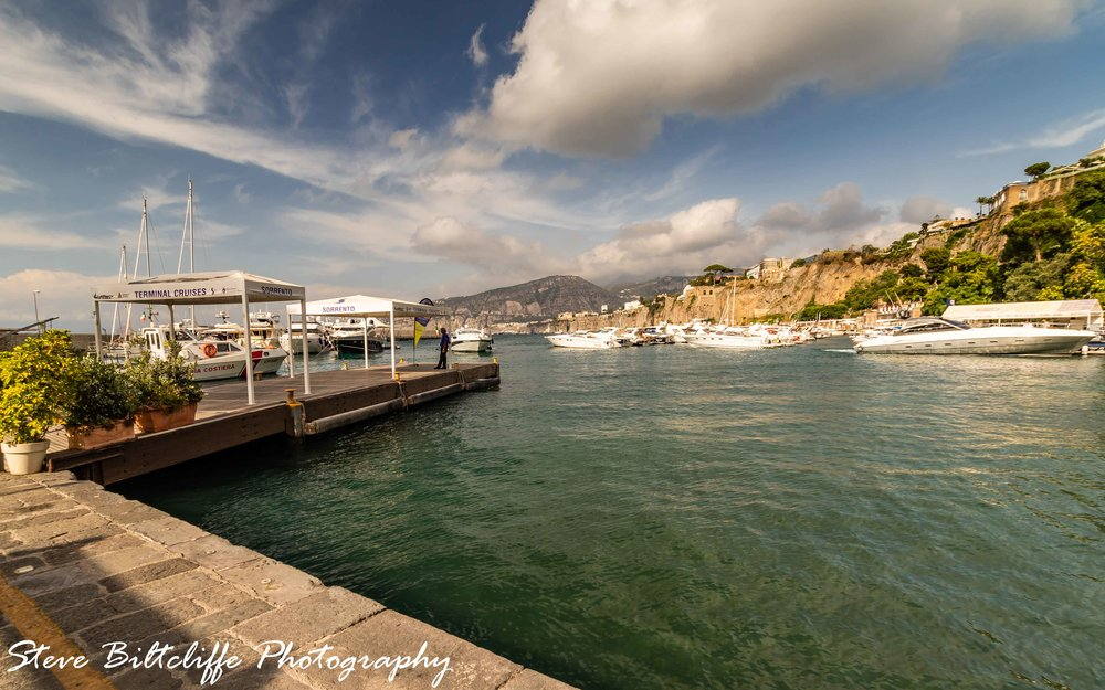 Sorrento - Waiting for the boat