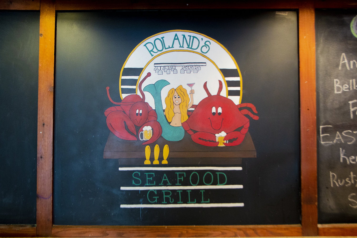 about roland s seafood grill