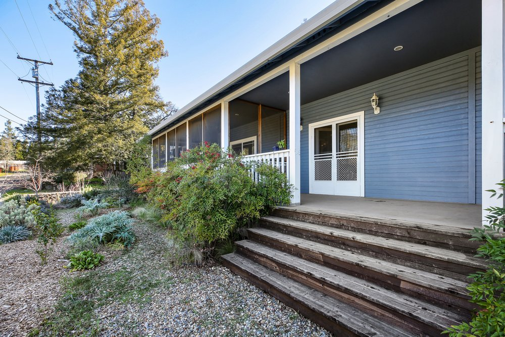 New Listing- 400 Bay Street, Angwin $825,000