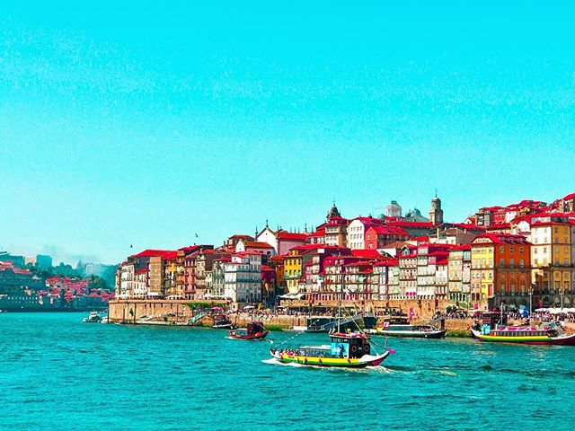 📍Douro River overlooking the Port of Ribeira from Av. de Diogo Leite. All I can say about this city is food, food more food and bomb ass wine! 🍷 If you didn't know already Porto is the second largest city in Portugal (after Lisboa) and is one of the oldest European centres that dates back to around 300 BC. It's known for its fresh fish, bacalhau (codfish) and huge gambas (shrimp) and it's local selection of Douro wines. In my honest opinion, the wine in Porto is some of the best wines you can get on this planet, and since it's all made in the region, you can pick up a nice bottle for as low as €2 to €4 ($2.36 to $4.71 USD). The summertime in the city is usually bustling with tourists from around the world, specifically Europeans looking to enjoy vacation somewhere cheaper with rich history and great foods. The city has a dated feel to it that resonates a sense of belonging and comfort, and for some time I did feel as if I was jetted back in time to an old metropolitan city. Between Porto and Lisboa, I'd had to say if you want culture and food, Porto is for you, while city and nightlife holds the title for Lisboa. Don't get me wrong though, Porto has a bustling night life as well more north of the Douro up in the hills and on the streets specifically around late summer. This is a city you need to put on your bucket list! 🇵🇹❤️✨ xo #Porto #exploreportugal #europeanadventure