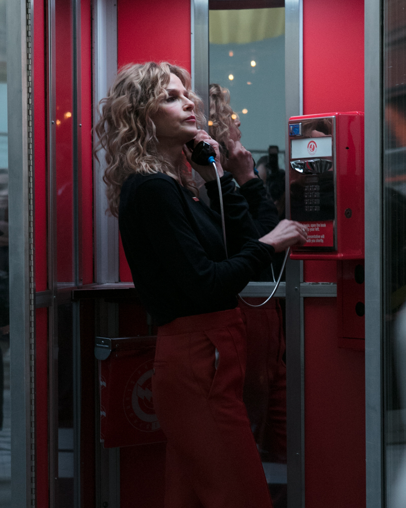 Kyra Sedgwick lights up the Congressional Switchboard at Everytown's Ring Your Rep event