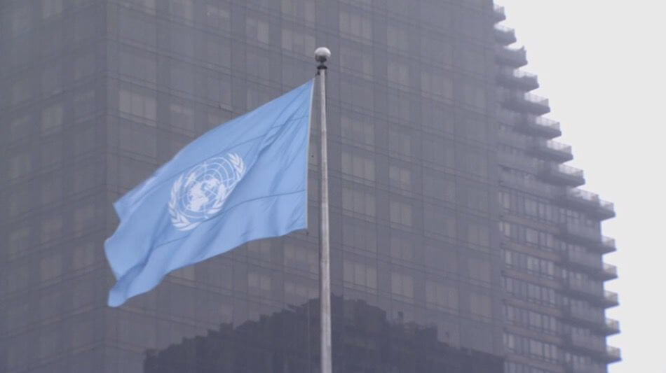 3B UN + FLAG.jpg