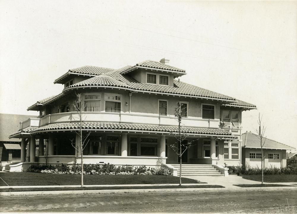 100 Sycamore Avenue (1913)