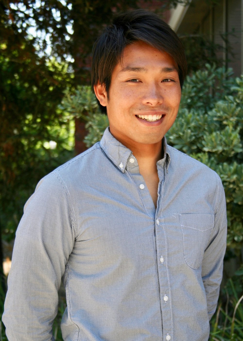 Shota Kenmochi is a second-year graduate student at UCLA studying public policy with an emphasis on the environment and energy.  Fun fact: He is a keen surfer and a descendant of Samurai.
