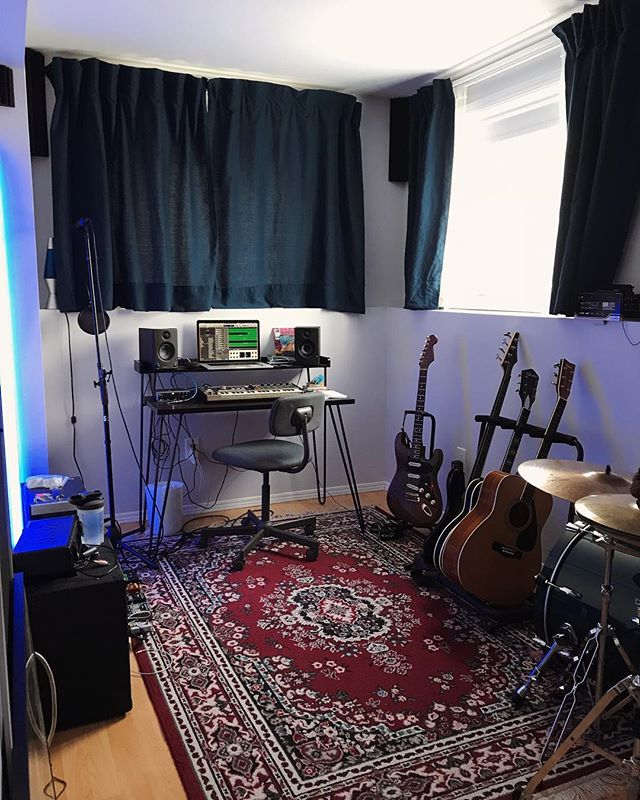The little studio is up and running! I can't explain how liberating and excited it makes me feel. Looking forward to a productive year! . . . . #homestudio #musicproduction #musician #manitobamusic #canadianmusic #fenderstratocaster #pearldrums #microkorg
