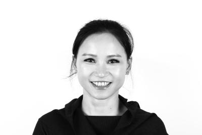 Queena Yayi Lin